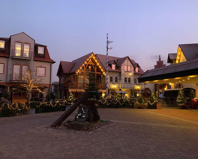 Abb. Ihre Weihnachtsfeier im Winterdorf