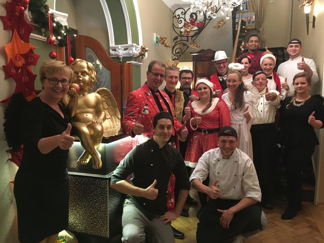 Abb. Erlebnisgastronomie Weihnachtshaus für 2 bis 200 Personen