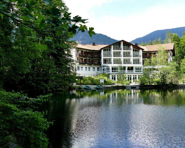 Abb. Sanierungsmaßnahmen im Hotel am Badersee