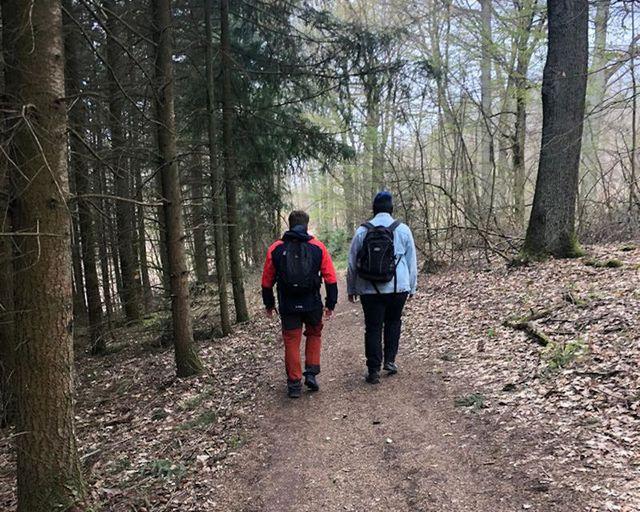 Abb. Team im Wald