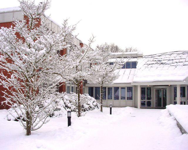 Abb. Tagen Sie ANDERS in der winterlichen Lüneburger Heide