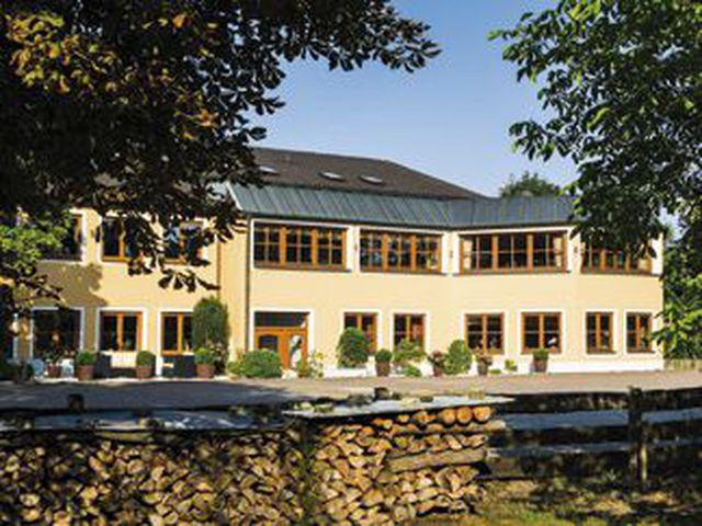 Abb. Landhotel Hallnberg unter den Top250 Tagungshotels