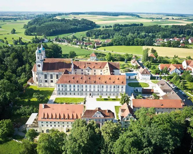 Abb. Hotel Kloster Holzen