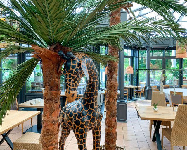 Abb. Ein Giraffen-Lächeln beim Gloschen-Frühstück