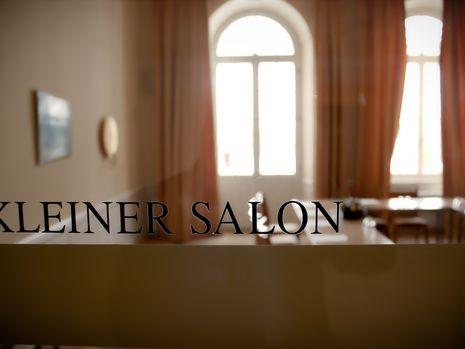 Abb. Kleiner Salon