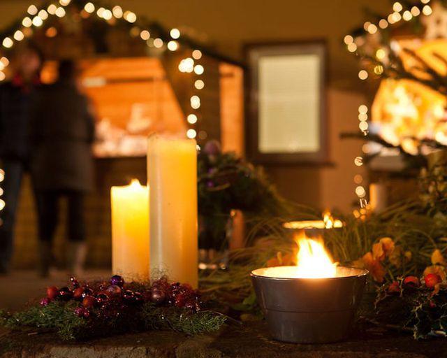 Abb. Bei uns heißt es Dorfweihnachten