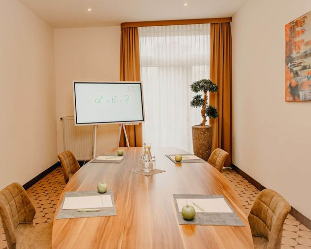 Abb. Ihr Hybrid-Meeting im Parkhotel Landau