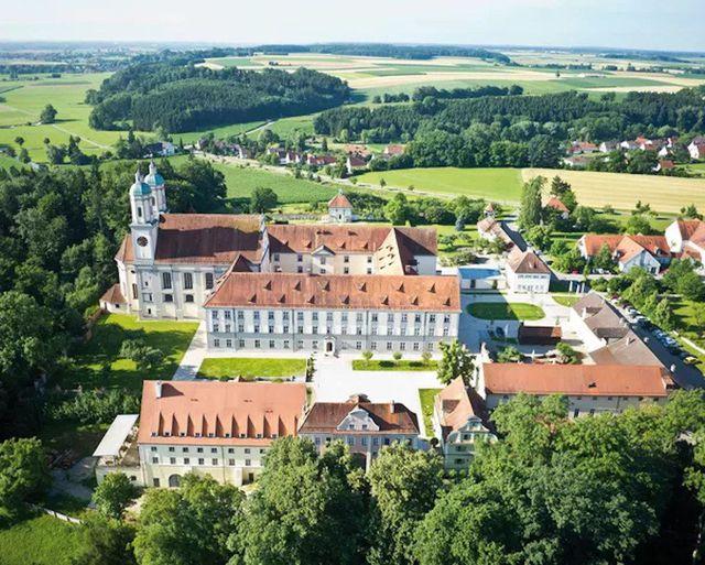 Abb. Kloster Holzen goes virtual