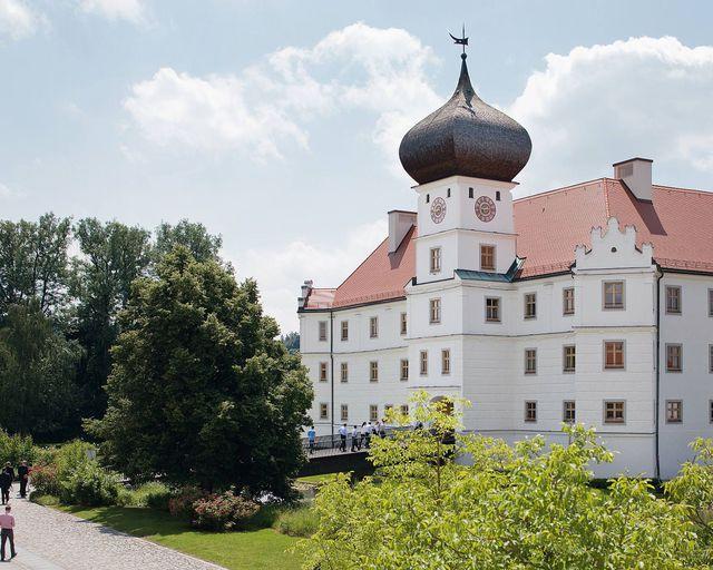 Abb. Einzigartige Tagungsmöglichkeit mit Schlossatmosphäre
